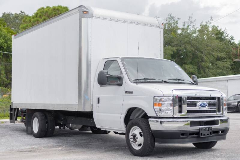 2021 Ford E-Series Chassis for sale at PAUL YODER AUTO SALES INC in Sarasota FL