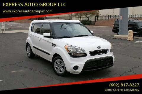 2012 Kia Soul for sale at EXPRESS AUTO GROUP in Phoenix AZ