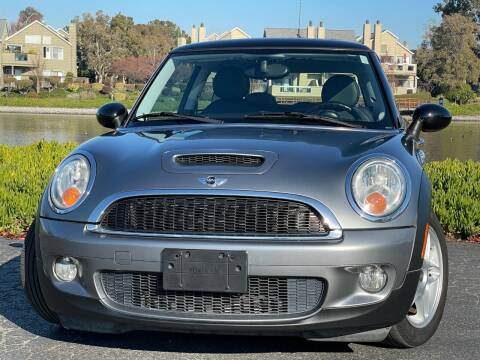 2010 MINI Cooper for sale at Continental Car Sales in San Mateo CA