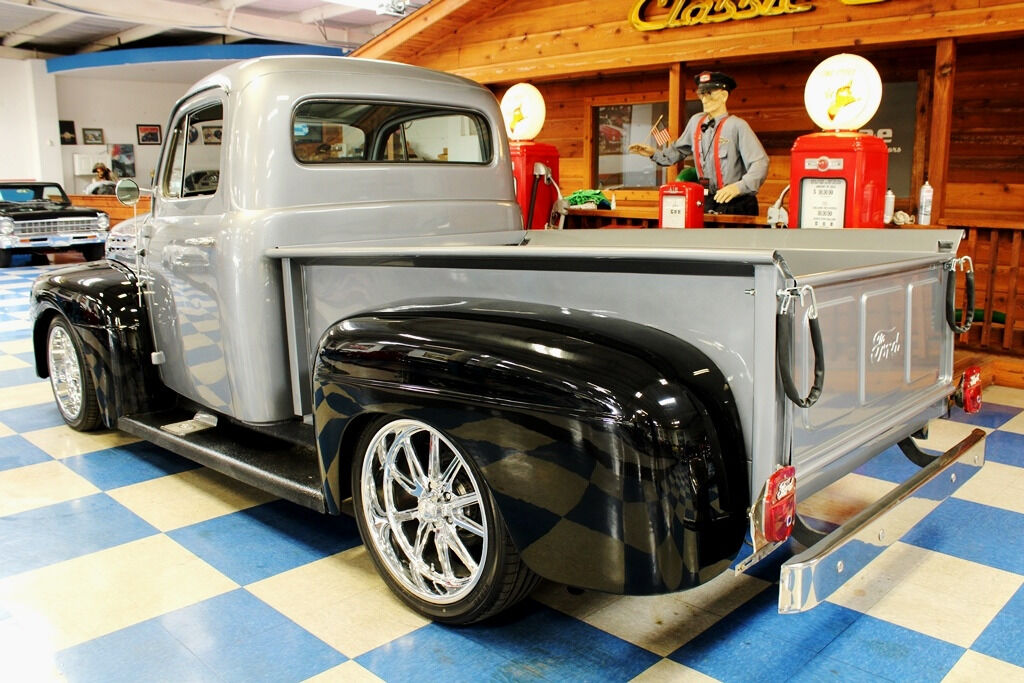 1951 Ford F-100 6