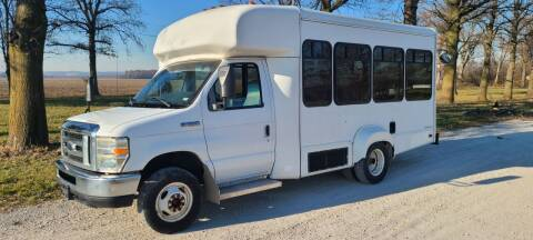 2009 Ford E-350 Shuttle Bus for sale at Allied Fleet Sales in Saint Charles MO