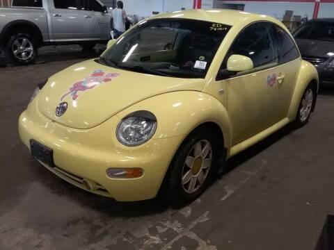 2000 Volkswagen New Beetle for sale at Valpo Motors Inc. in Valparaiso IN