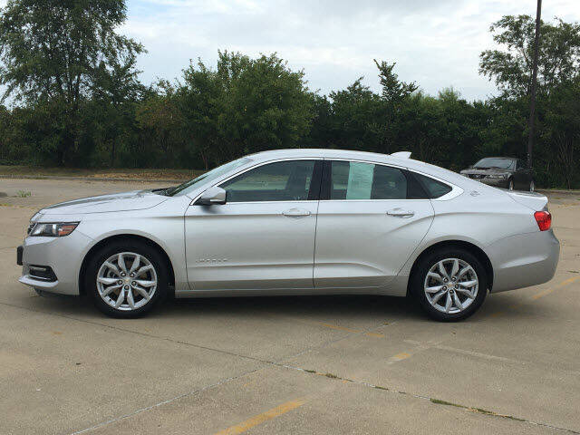 2020 Chevrolet Impala for sale at LANDMARK OF TAYLORVILLE in Taylorville IL