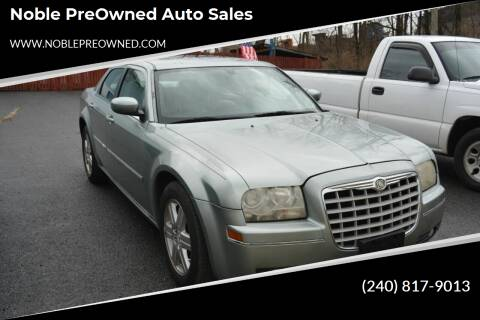 2006 Chrysler 300 for sale at Noble PreOwned Auto Sales in Martinsburg WV