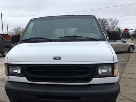 2000 Ford E-150 for sale at Mastro Motors in Garden City MI