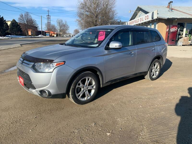 2015 Mitsubishi Outlander for sale at GREENFIELD AUTO SALES in Greenfield IA