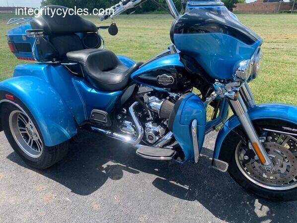 2011 Harley-Davidson TRIGLIDE for sale at INTEGRITY CYCLES LLC in Columbus OH