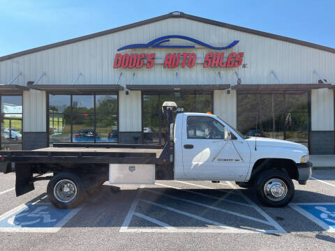 1997 Dodge Ram Chassis 3500 for sale at DOUG'S AUTO SALES INC in Pleasant View TN