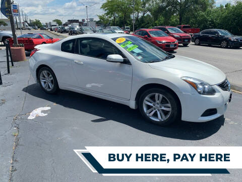 2011 Nissan Altima for sale at RON'S AUTO SALES INC in Cicero IL