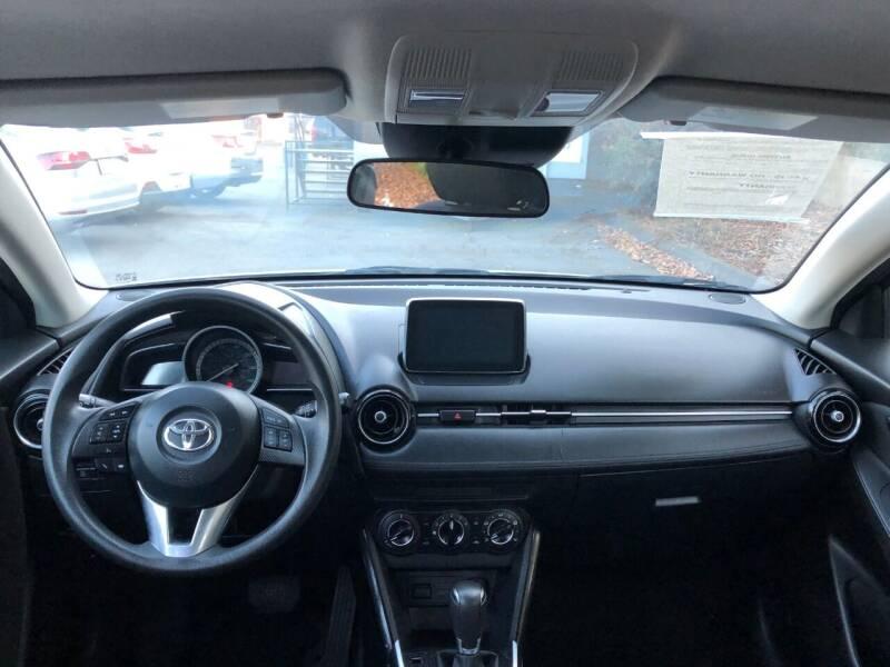 2018 Toyota Yaris iA 4dr Sedan 6A - Fallbrook CA