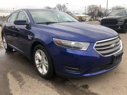 2015 Ford Taurus for sale at CItywide Auto Credit in Oregon OH