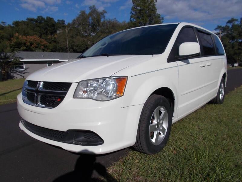 2013 Dodge Grand Caravan for sale at LANCASTER'S AUTO SALES INC in Fruitland Park FL