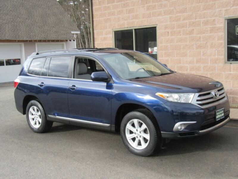 2012 Toyota Highlander for sale at Advantage Automobile Investments, Inc in Littleton MA