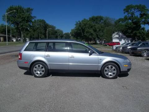 2001 Volkswagen Passat for sale at BRETT SPAULDING SALES in Onawa IA