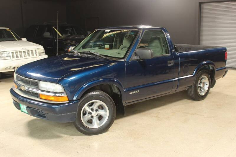 2000 Chevrolet S-10 for sale at AUTOLEGENDS in Stow OH