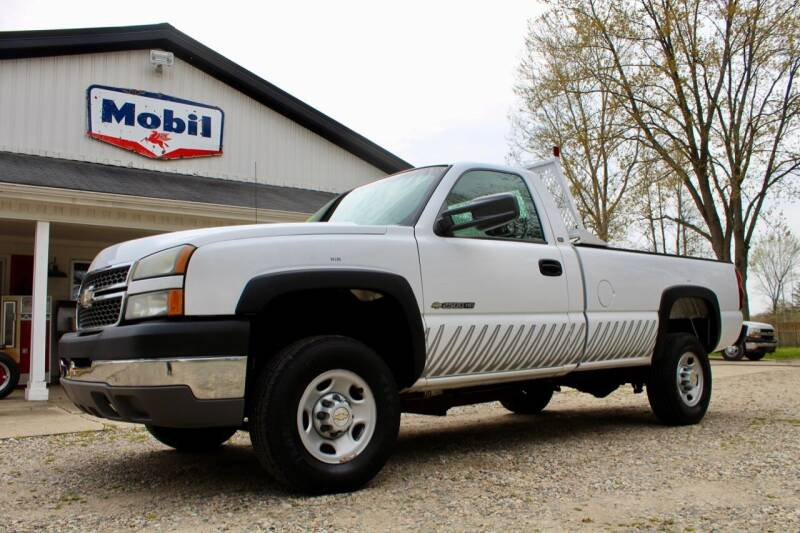 2005 Chevrolet Silverado 2500HD for sale at Show Me Used Cars in Flint MI