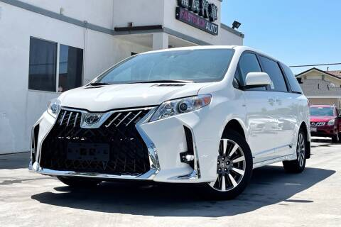 2020 Toyota Sienna for sale at Fastrack Auto Inc in Rosemead CA