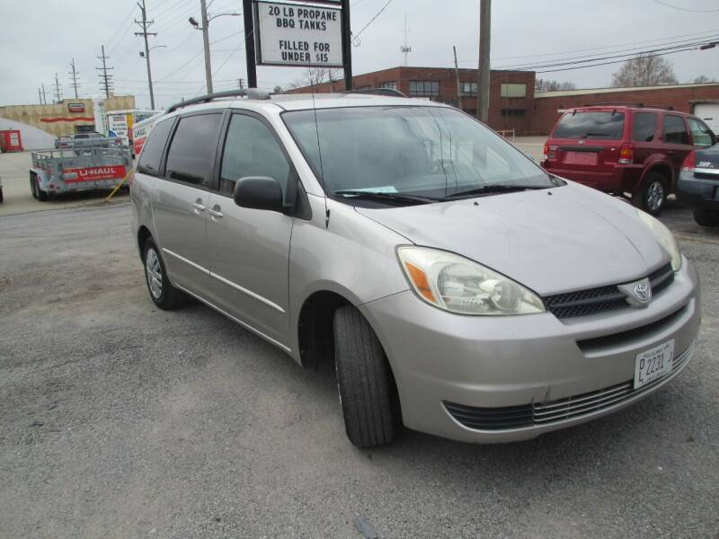 2004 Toyota Sienna for sale at 3A Auto Sales in Carbondale IL
