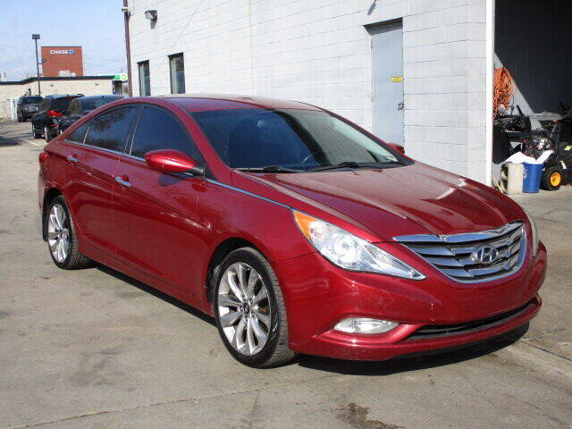 2013 Hyundai Sonata for sale at SOUTHFIELD QUALITY CARS in Detroit MI