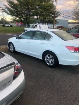 2010 Honda Accord for sale at QUALITY USED CARS LLC in Wallingford CT