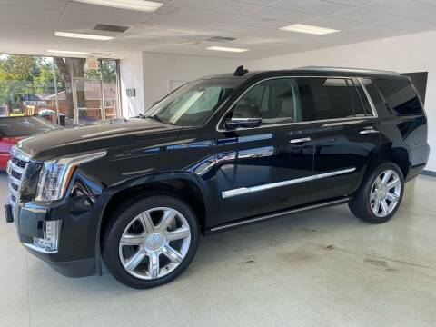 2016 Cadillac Escalade for sale at Used Car Outlet in Bloomington IL