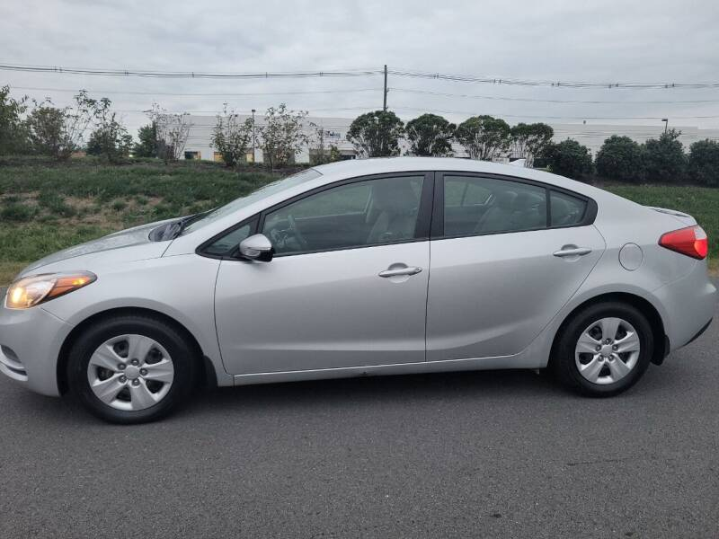 2015 Kia Forte for sale at Dulles Motorsports in Dulles VA