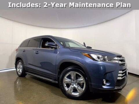 2018 Toyota Highlander for sale at Smart Budget Cars in Madison WI