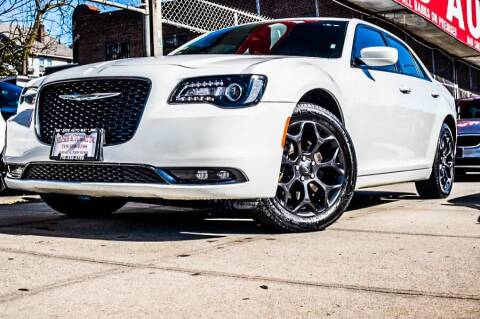 2019 Chrysler 300 for sale at HILLSIDE AUTO MALL INC in Jamaica NY