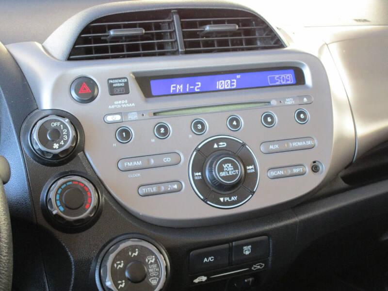 2011 Honda Fit 4dr Hatchback 5M - Dallas TX