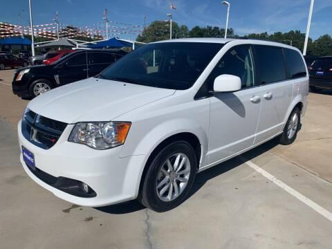2019 Dodge Grand Caravan for sale at JOHN HOLT AUTO GROUP, INC. in Chickasha OK