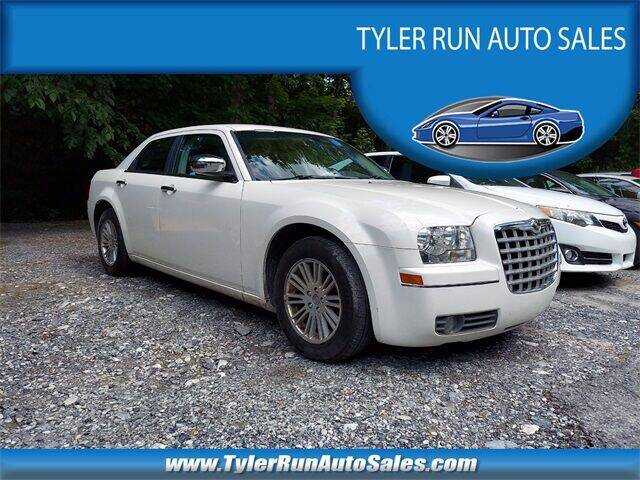 2010 Chrysler 300 for sale at Tyler Run Auto Sales in York PA