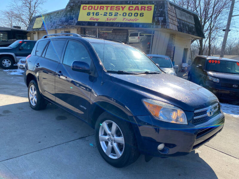 2007 Toyota RAV4 for sale at Courtesy Cars in Independence MO