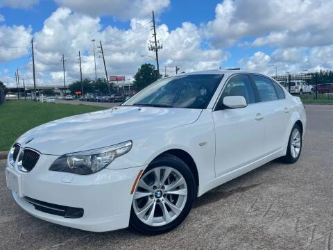2009 BMW 5 Series for sale at TWIN CITY MOTORS in Houston TX