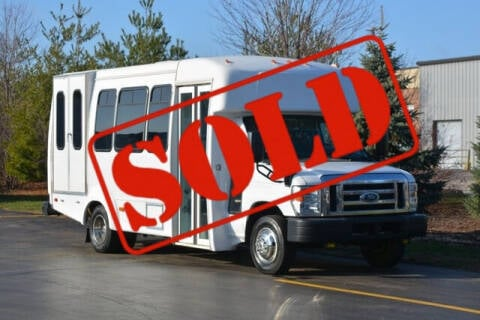 2016 Ford E-Series Chassis for sale at Signature Truck Center in Crystal Lake IL