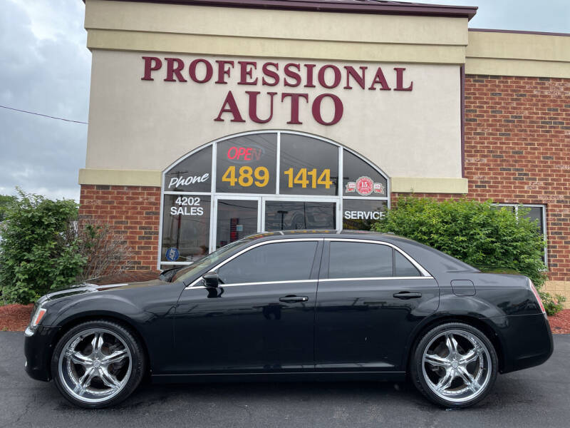 2013 Chrysler 300 for sale at Professional Auto Sales & Service in Fort Wayne IN