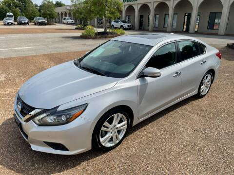 2017 Nissan Altima for sale at DABBS MIDSOUTH INTERNET in Clarksville TN