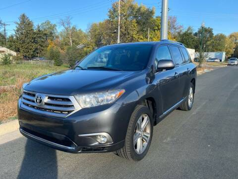 2011 Toyota Highlander for sale at ONG Auto in Farmington MN