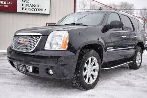 2012 GMC Yukon for sale at Dealswithwheels in Inver Grove Heights MN