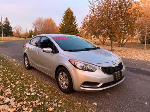 2014 Kia Forte for sale at BELOW BOOK AUTO SALES in Idaho Falls ID