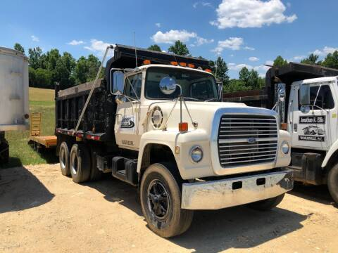 1977 Ford L9000 for sale at Vehicle Network - Joe's Tractor Sales in Thomasville NC