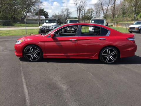 2016 Honda Accord for sale at Beckham's Used Cars in Milledgeville GA