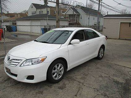 2011 Toyota Camry for sale at LAKE CITY AUTO SALES in Forest Park GA