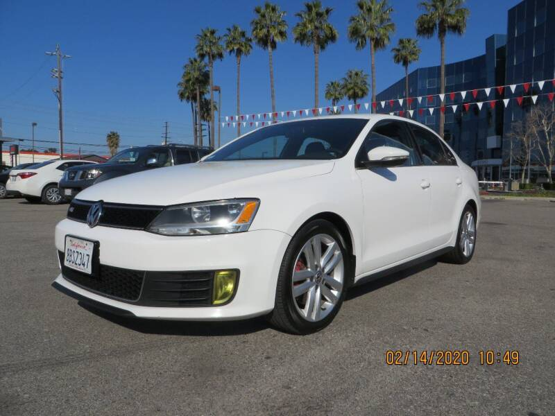 2012 Volkswagen Jetta for sale at Valley Coach Co Sales & Lsng in Van Nuys CA