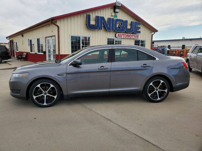 "2014 Ford Taurus for sale at UNIQUE AUTOMOTIVE ""BE UNIQUE"" in Garden City KS"