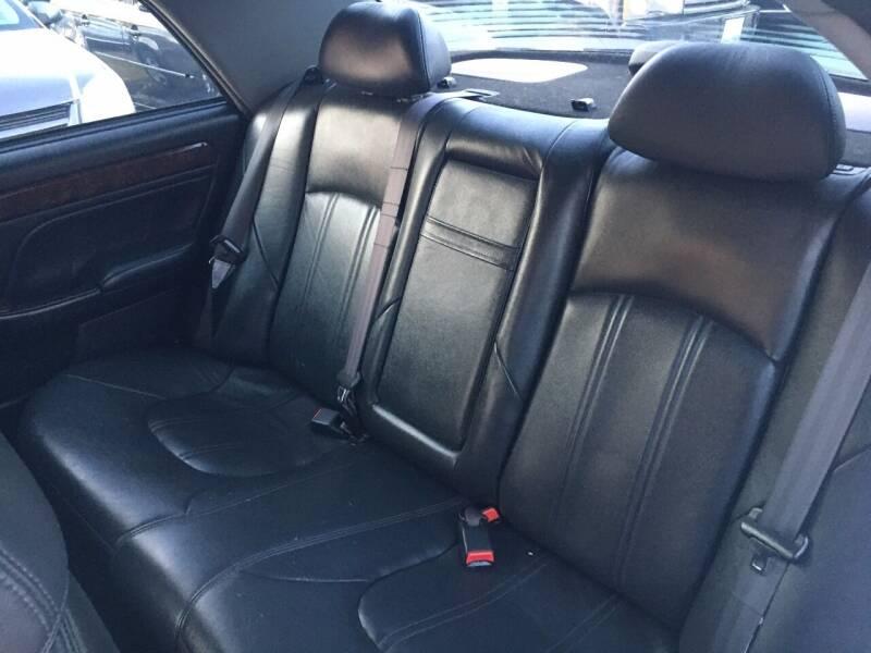 2002 Hyundai XG350 4dr Sedan - Murphysboro IL