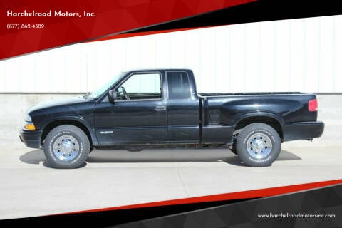 2001 Chevrolet S-10 for sale at Harchelroad Motors, Inc. in Wauneta NE