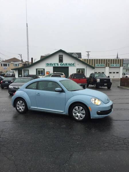 2012 Volkswagen Beetle for sale at Dave's Garage Inc in Hampton Beach NH