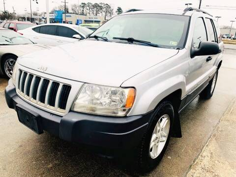 2004 Jeep Grand Cherokee for sale at Auto Space LLC in Norfolk VA