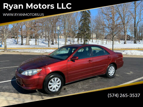 2005 Toyota Camry for sale at Ryan Motors LLC in Warsaw IN