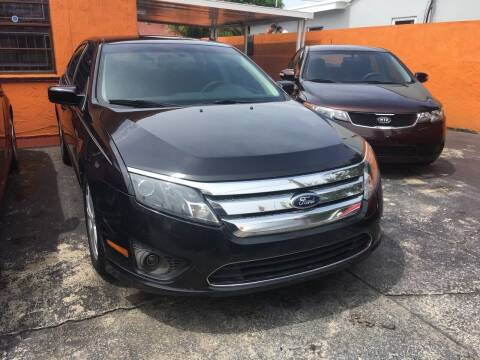 2012 Ford Fusion for sale at Versalles Auto Sales in Hialeah FL